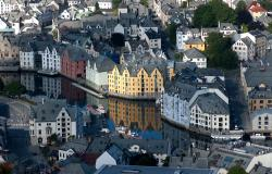 images/Fotos/Reisen/Norwegen/thumbs//farbspektrum-Alesund.jpg