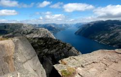 images/Fotos/Reisen/Norwegen/thumbs//farbspektrum-Preikestolen-norwegen.jpg